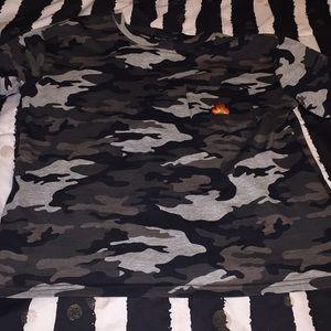 Camouflage log sleeve shirt